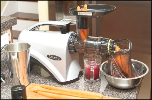 Omega NC800 HDS 5th Generation Masticating Juicer Review