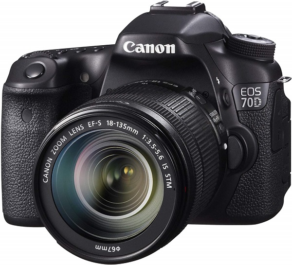 Canon EOS 70D with Lens